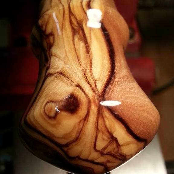 Olivewood wine bottle stopper